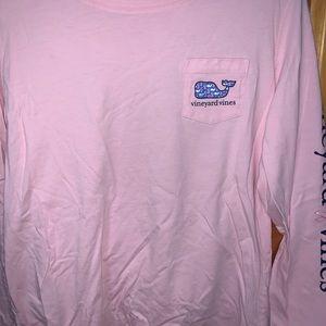 Breast cancer edition vineyard vines T-shirt